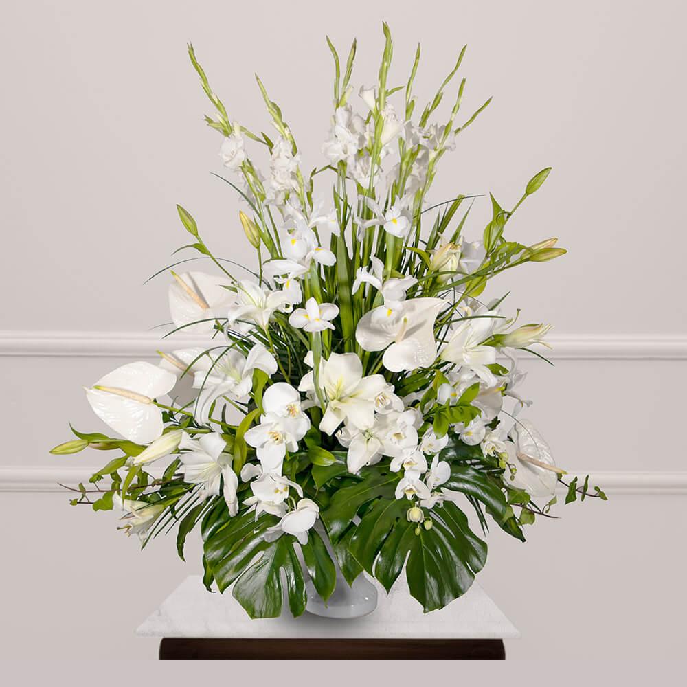 Arreglo funebre con gladiola y casablanca